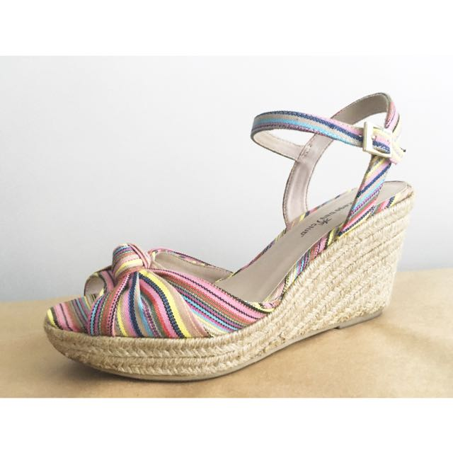 Montego Bay Club Pier Knot Espadrille Open-Toe Wedges in Stripes, Sz 9
