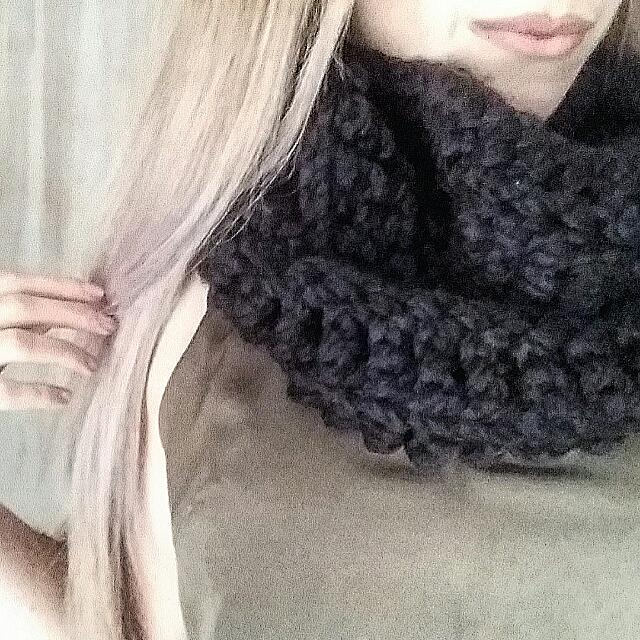 New Crochet Hand Made Winter Infinity Scarf
