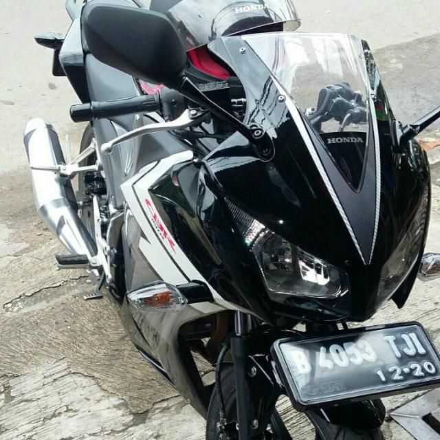 Oper Credit CBR150 Black