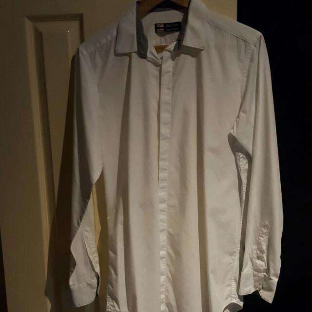 West End Size Large White Shirt