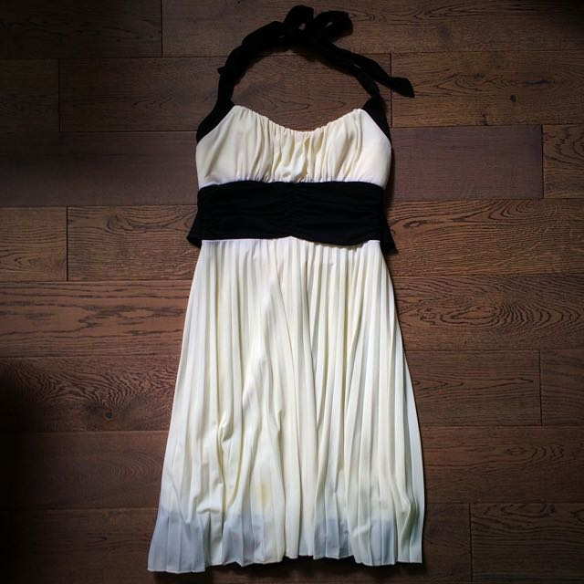 White Sweetheart Dress W/ Black Accents