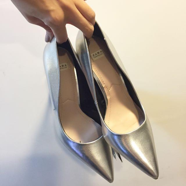 Zara銀色尖頭跟鞋