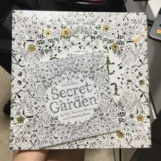 👉🏻全新著色舒壓彩繪本秘密花園