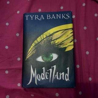 Modelland By Tyra Banks (English)