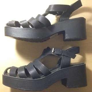 Lipstik Shoes Size 6