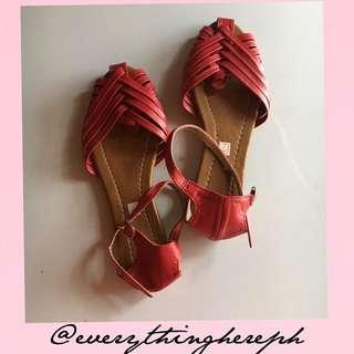 Liliw made footwear 🌸