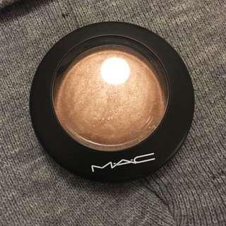 MAC Mineralise Skin Finish - Soft And Gentle