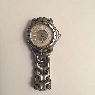 Tag Heuer lady's watch - Great condition - 200 metres