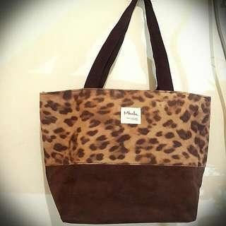 豹紋手提包
