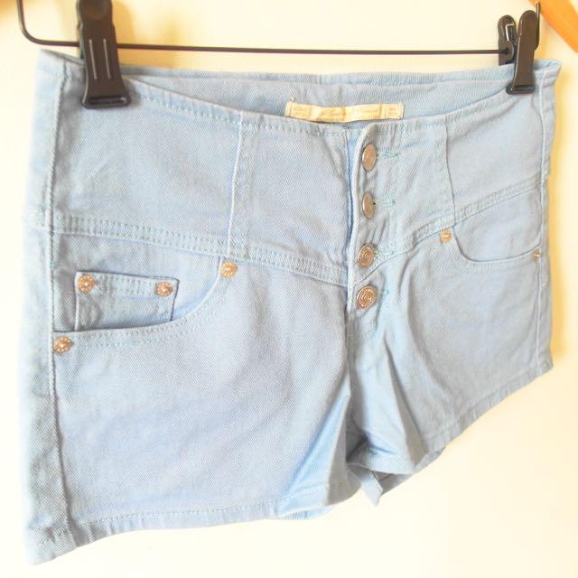 [含運]顯瘦排釦短褲