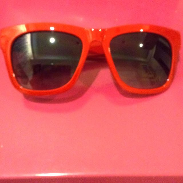 特價 紅色 太陽眼鏡 墨鏡 抗UVA UVB ViVI Lookbook
