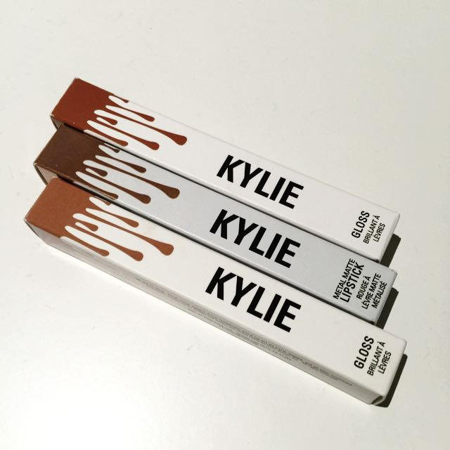 KYLIE COSMETICS GLOSS AND METALLIC MATTE