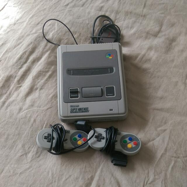Original Super Nintendo Video Game Console (Includes 3 Games)