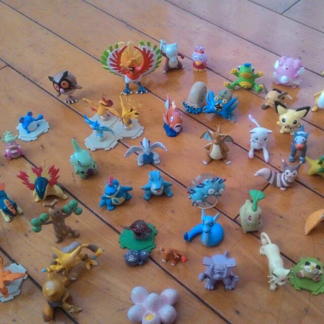 神奇寶貝公仔模型(任天堂,TOMY) 共超過70隻