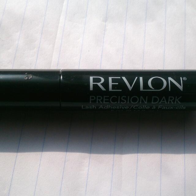 Revlon Lash Glue Brush On