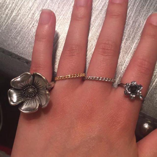 Rings- Gold/Silver, Flower