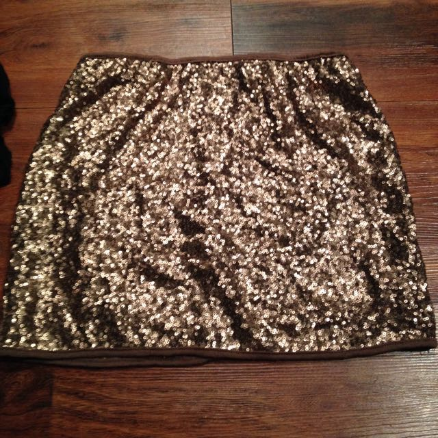 Size L Gold Sequin Mini Skirt