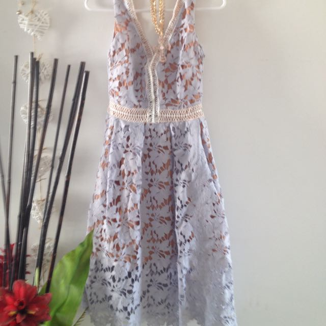 Small Sz6 Lace Dress
