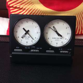Foldable Dual Time Travel Clock