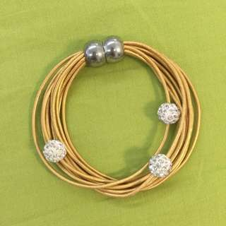 Magnetic Gold Strings Bracelet