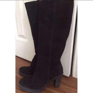 La Canadienne Black Tall Boots