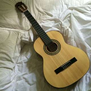 Beginner Acoustic Guitar With Stand
