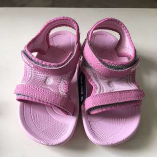 bcb3f19b82011 Girls Authentic Teva Kids Sandals Pink