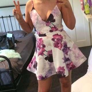 Tigermist Floral Dress Size Medium