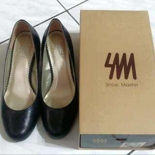 Shoe Master專櫃女鞋 上班族 OL必備 羊皮 黑 低跟 圓頭