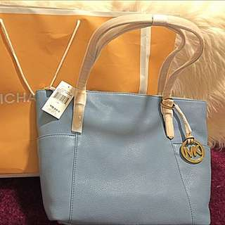 New 100% powder blue jet set Michael Kors bag