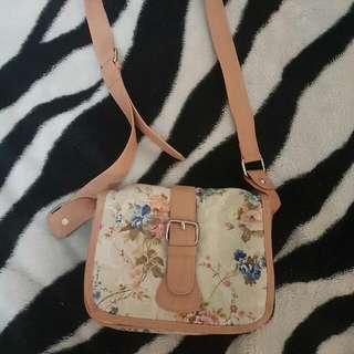 Forever New Floral Side Bag
