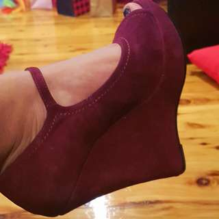 Burgundy Maroon Wedges Size 8.5/9