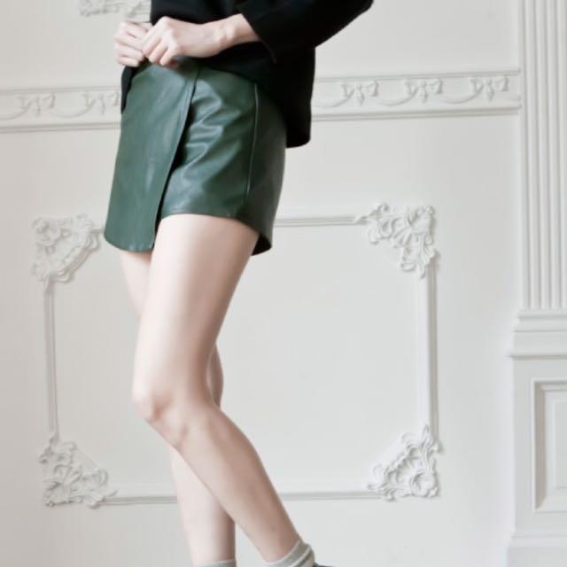 皮革軍綠色 交叉褲裙