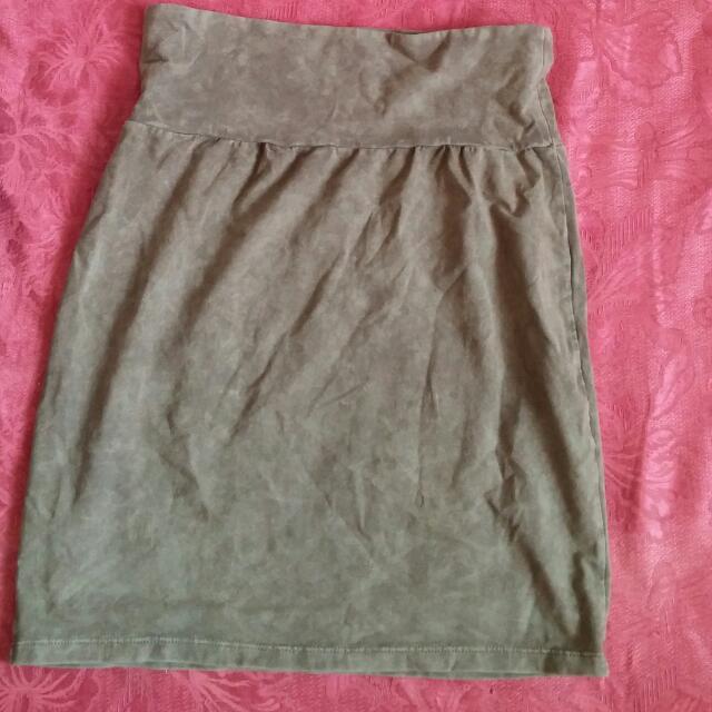 Aritzia Green High Waisted Mini Skirt