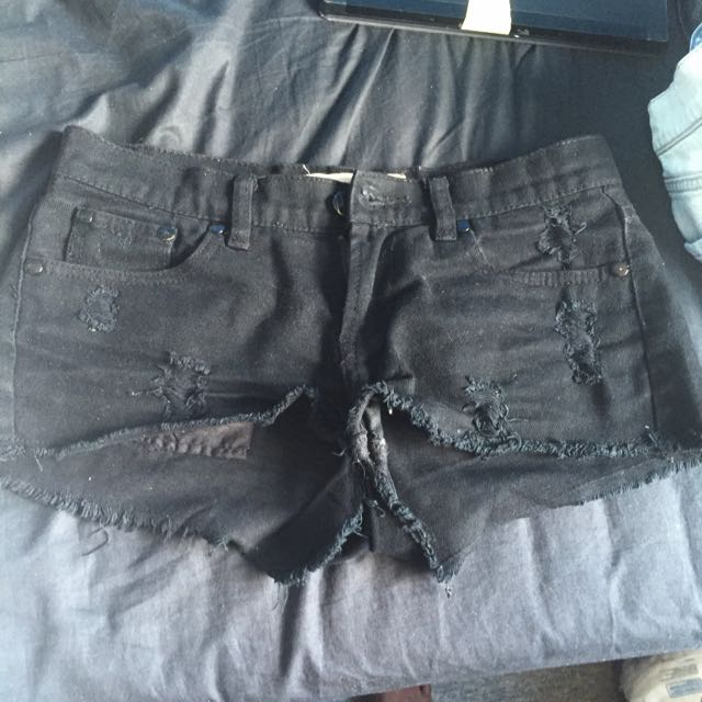 Black Distressed Short Shorts