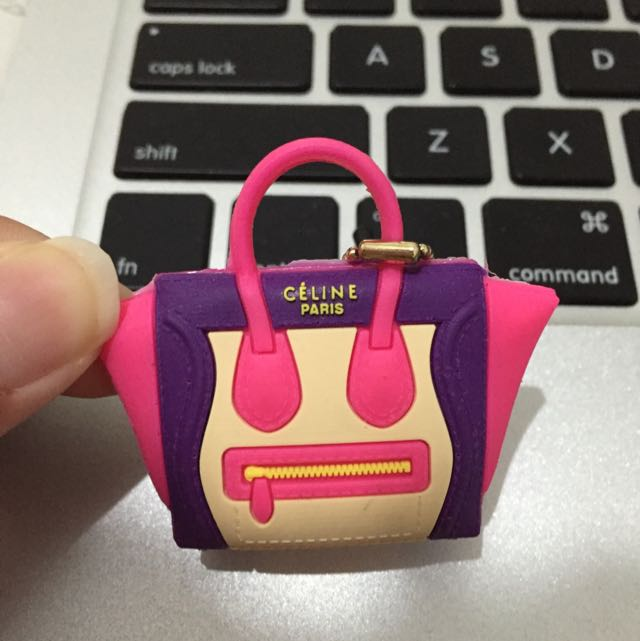 Céline mini phone pluggy