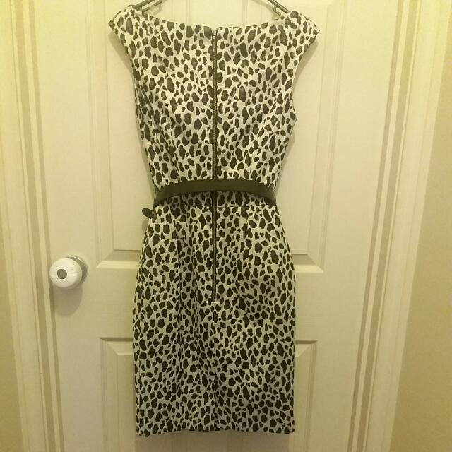 Cue SIZE 6 dress with belt - Made In Australia From Italian
