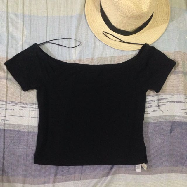 Factorie Off Shoulder Crop Top
