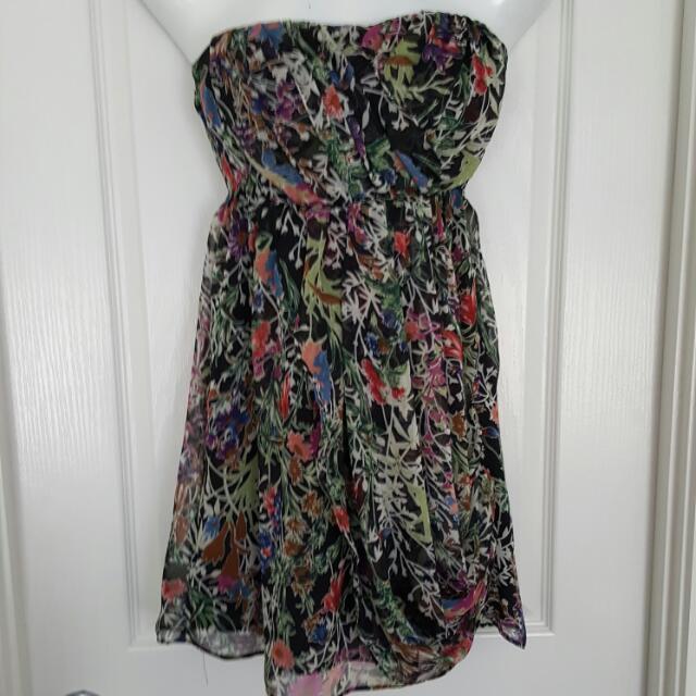 Ladies 6 Strapless Mini Dress