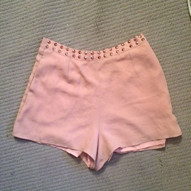Nude Shorts With Rose Gold Studs