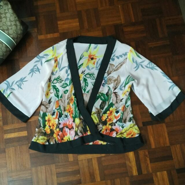 Pale Pink Kimono Jacket With Flowers
