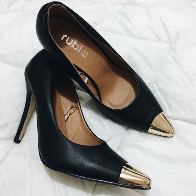 Rubi Black And Gold Heels