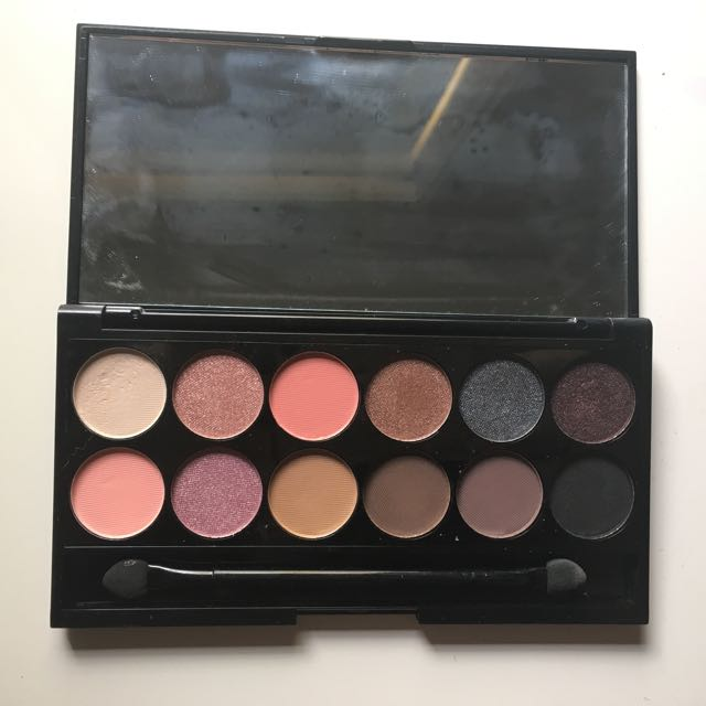 Sleek I-divine Palette In Oh So Special