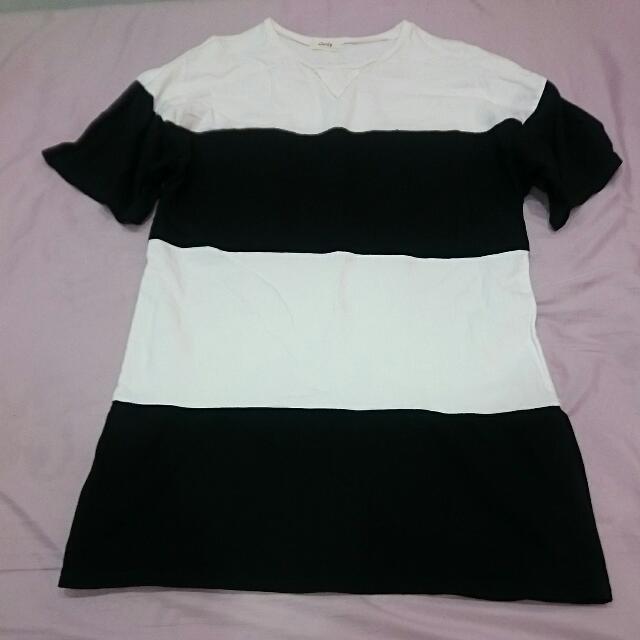 黑白大版橫紋綿長T