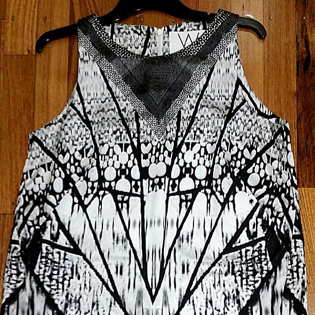 WALLIS UK Limited Edition Brand Print Shift Dress.