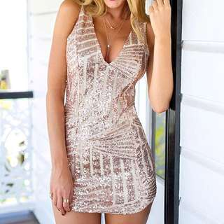 Sequin Dress Size 4 Can Fit A Size 2