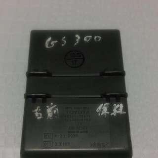 GS300右前保險絲盒