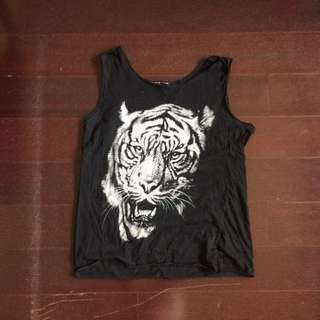 BRANDY MELVILLE Graphic Tank