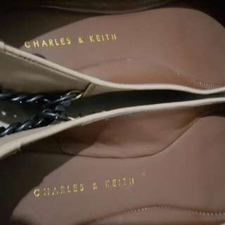 Repriced - Charles & Keith Flats Covered/Ballerina