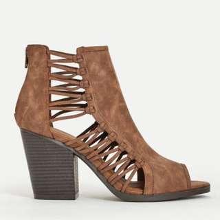 Alejandrina Booties,Size 8, Justfab